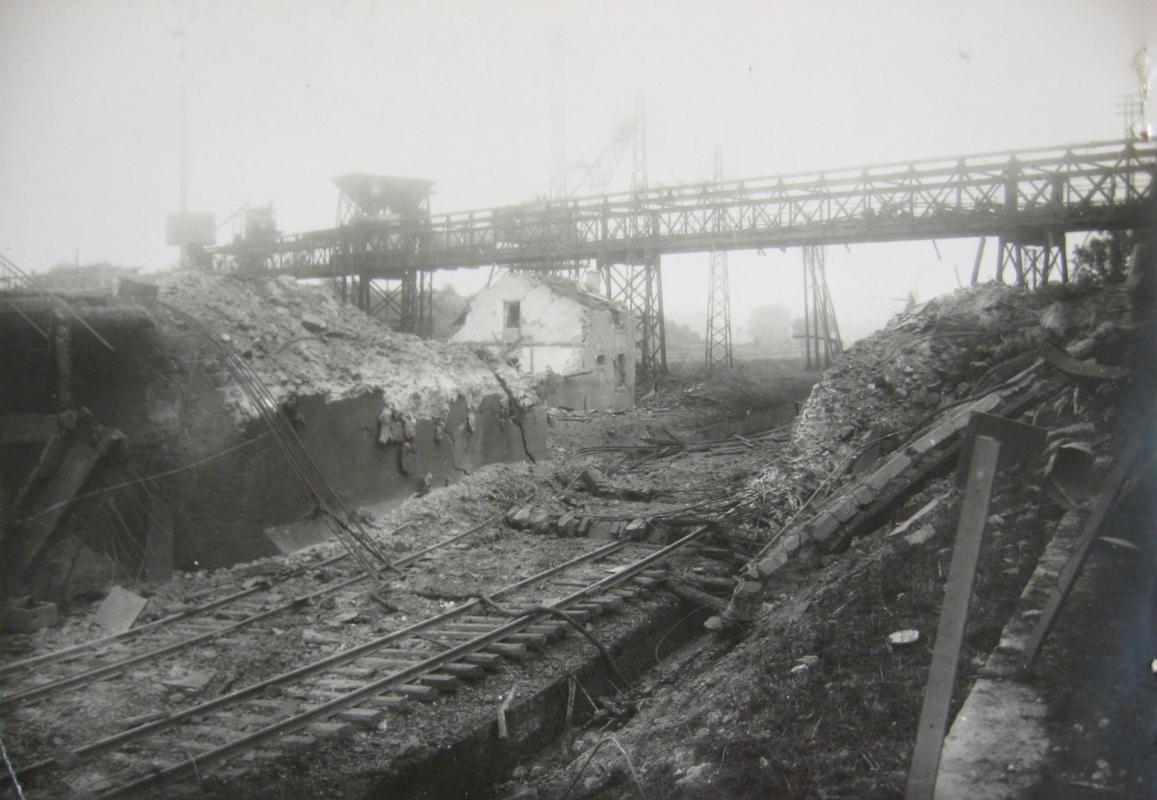 le pont de la madeleine en 1940